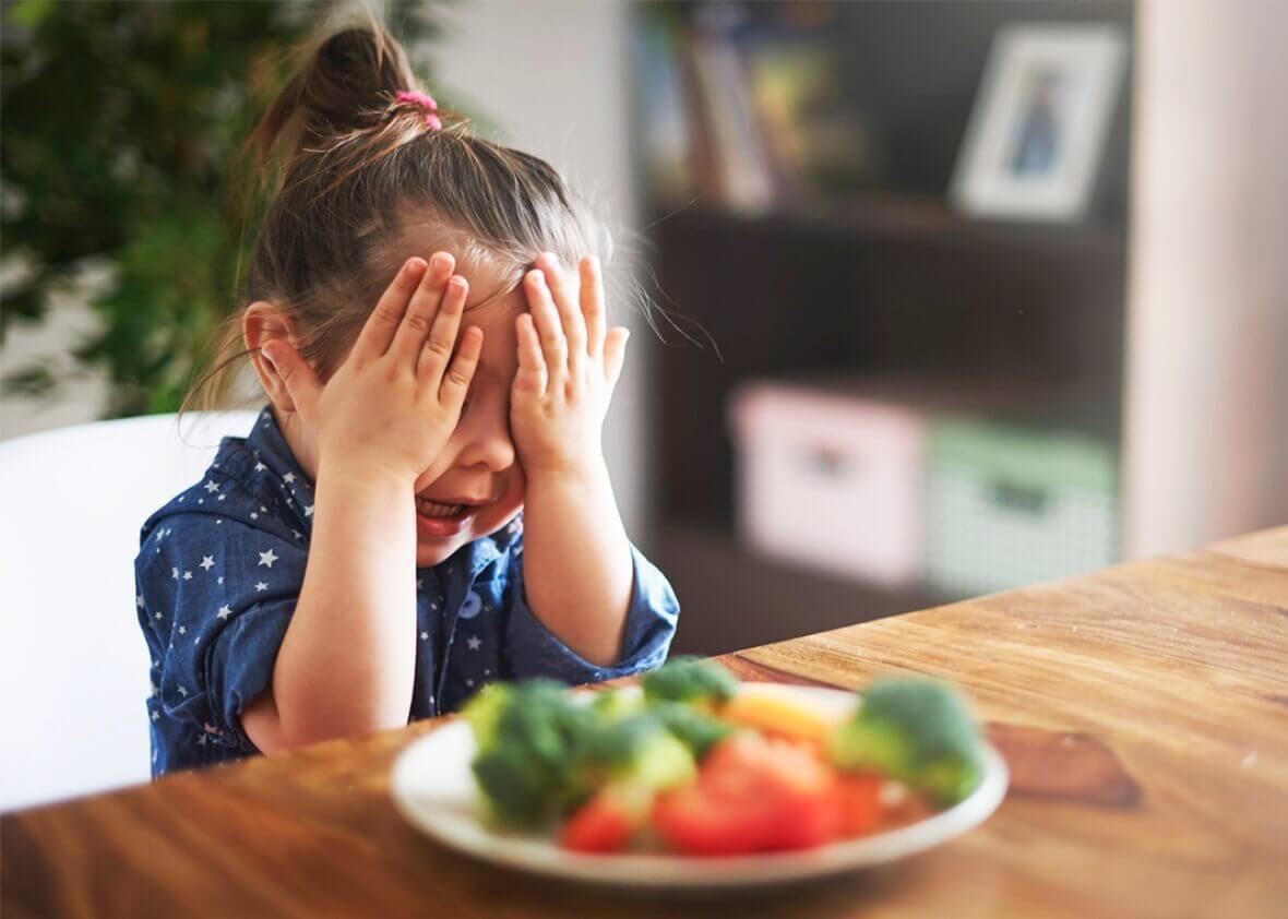 Muchos niños no están dispuestos a comer determinados alimentos.