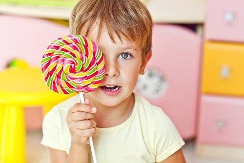 El azúcar en los niños: ¿cómo afecta a su concentración y comportamiento?