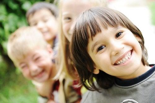 Cómo ayudar a un niño a sentirse bien
