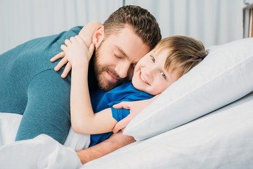 ¿Cómo responder ante el buen comportamiento de un niño?