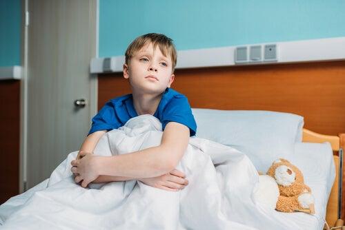 La estadía en el hospital puede ser muy aburrida para los niños.