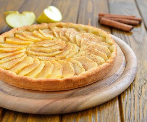Las tartas de manzana caseras pueden ser una excelente opción para la merienda de tus hijos.