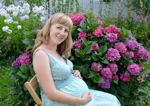 La ropa de verano para embarazadas te permitirá sentirte fresca y cómoda en estos calurosos días.