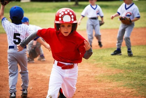 Los deportes también son una excelente opción en cuanto a pasatiempos para niños.