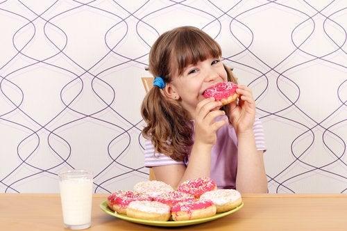 el consumo de azúcar en los niños