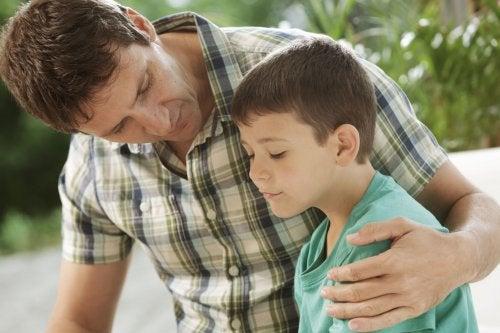 El desarrollo moral en los niños se completa mediante el diálogo con los padres.