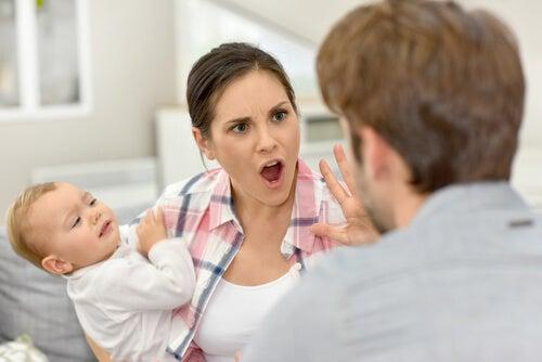 Discutir delante de los niños es un error
