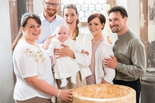 Ser padrino de bautizo es una responsabilidad y un honor.