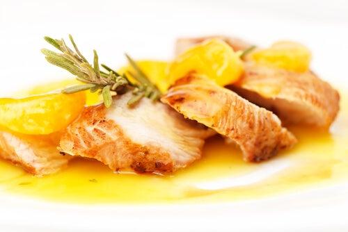 El pollo es un alimento fundamental en toda dieta.