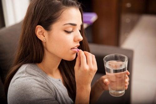 Lactancia y medicamentos: desmintiendo mitos