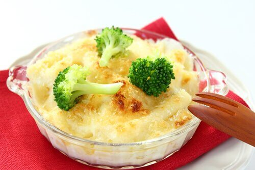 La pasta con brócoli es una receta apta para las embarazadas.