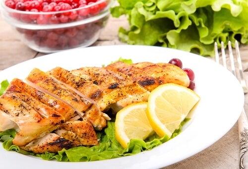 La carne con limón es una receta ideal para las embarazadas.