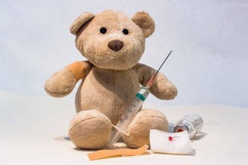 Les effets secondaires des vaccins peuvent être légers, modérés ou complexes.