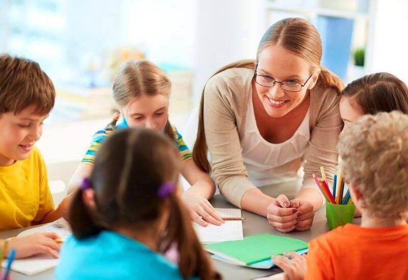 La empatía del maestro es clave para el desarrollo académico de los niños