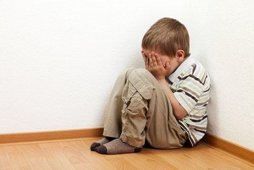 ¿Por qué los niños tienen miedo a estar solos?