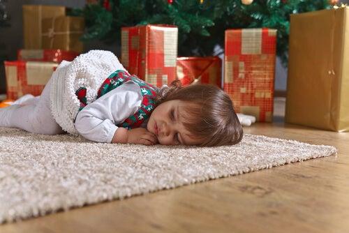 """Muchos padres se preguntan """"¿Por qué mi hijo está cansado todo el rato?""""."""