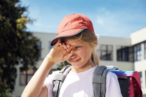 ¿Qué hacer si mi hijo tiene miedo a ir a clase?