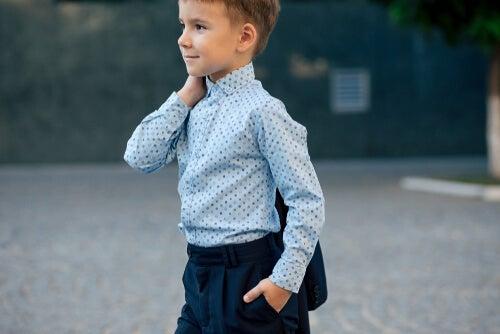 Los trajes de boda para niños son muy elegantes.