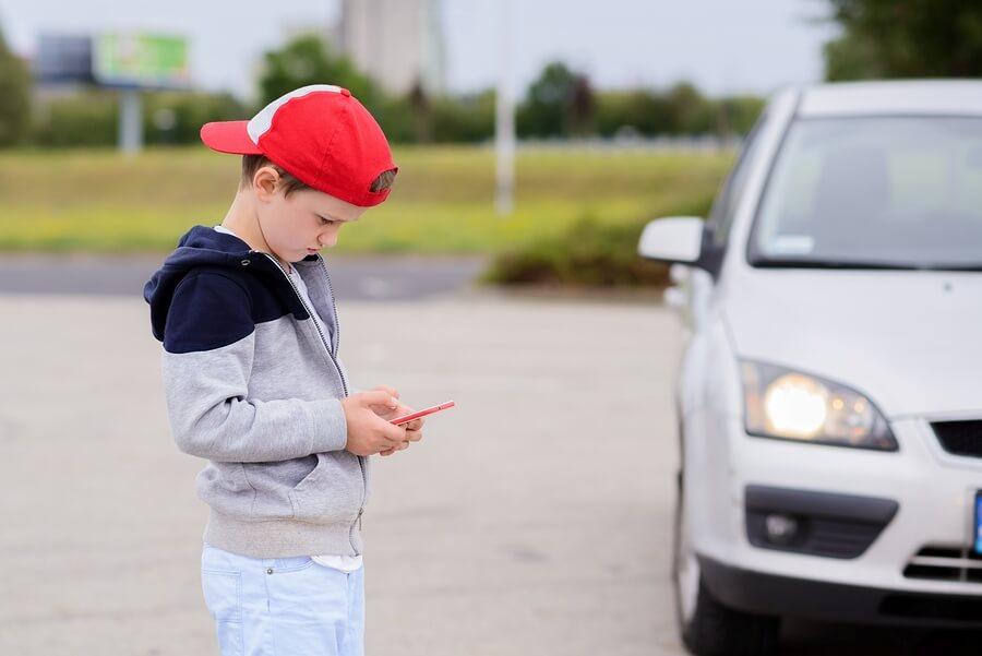 La educación vial incluye el buen uso de los dispositivos electrónicos.