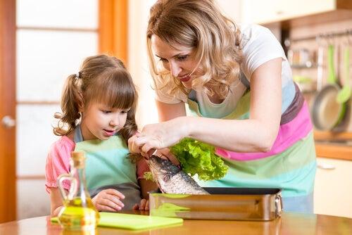 6 ideas para hacer que los niños coman pescado