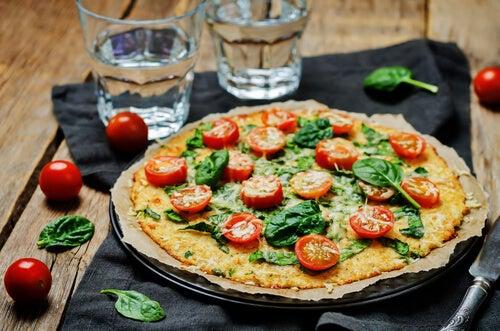 4 ideas para hacer pizzas saludables en casa