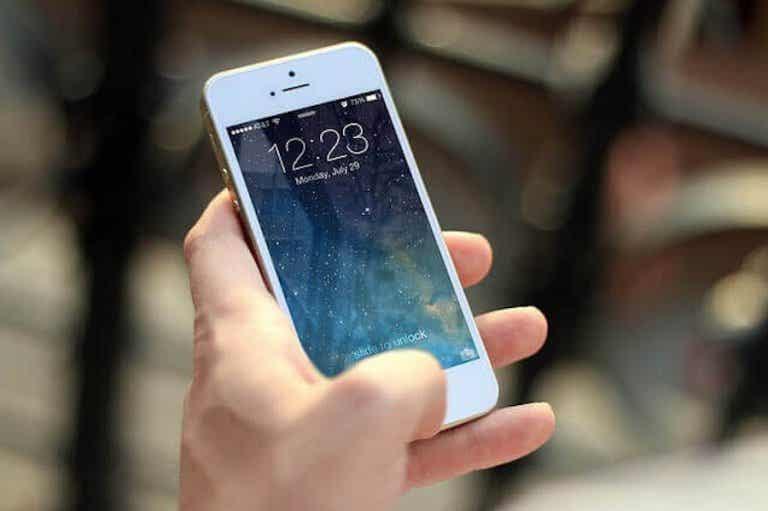 ¿Tener cerca el móvil produce infertilidad?