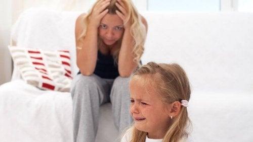 Las rabietas son frecuentes cuando existe el síndrome del emperador en niños.