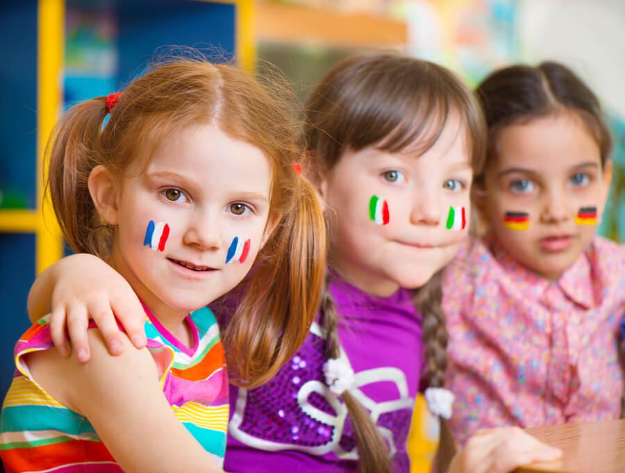 Consejos para criar niños bilingües.