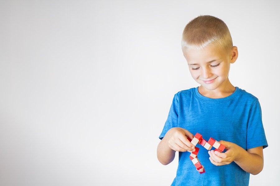Cómo impulsar el pensamiento lógico en los niños