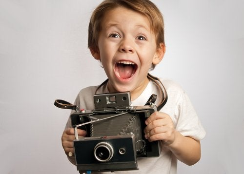 Los cursos de fotografía para niños resultan sumamente beneficiosos.
