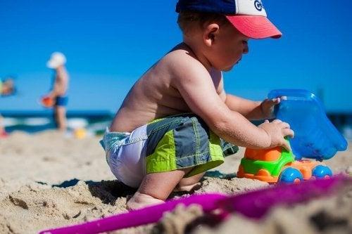 Mi hijo tiene alergia al sol, ¿qué puedo hacer?