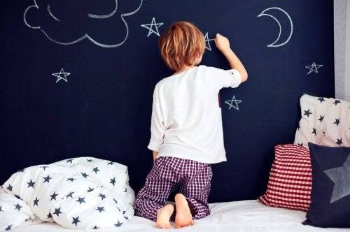 Los distintos tipos de pijamas para niños persiguen el único fin de su bienestar.