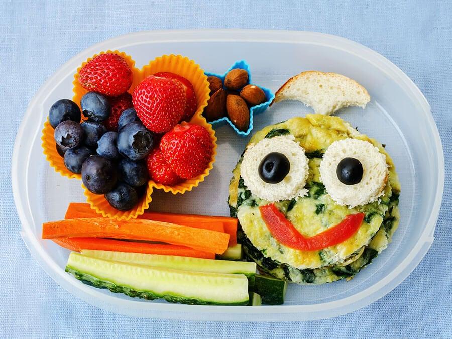 Claves para que el niño pierda el miedo a probar nuevos alimentos