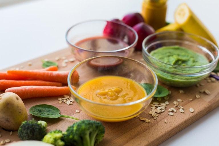 3 purés con proteínas para niños