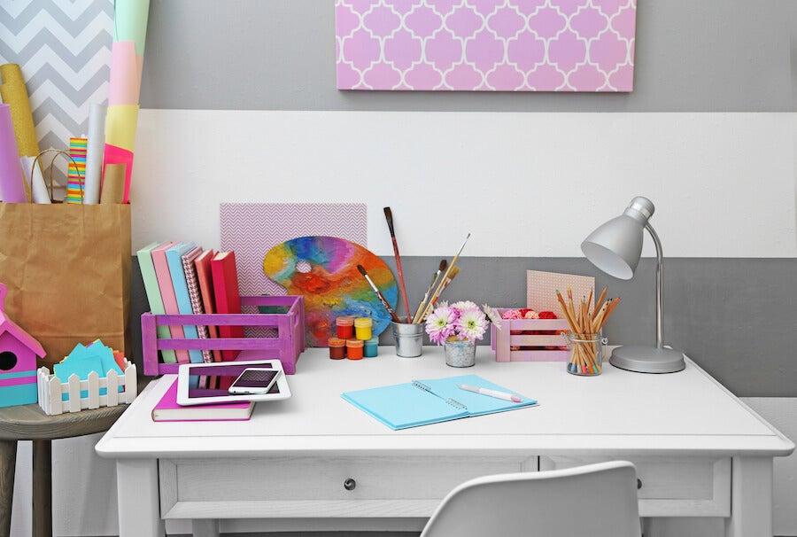 10 formas llamativas de preparar un escritorio para que el niño estudie