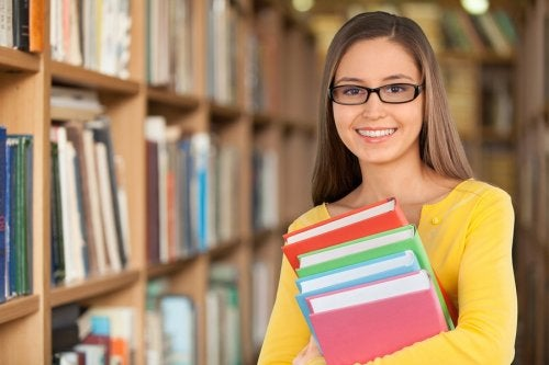 La adolescencia causa inseguridad en los adolescentes superdotados, quienes pueden sentir rechazo en su entorno.