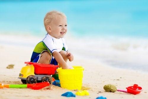 5 tips para ir a la playa con bebés