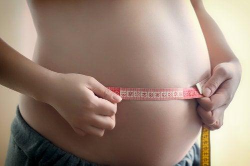 Engordar de más durante el embarazo es peligroso para la madre y el bebé.