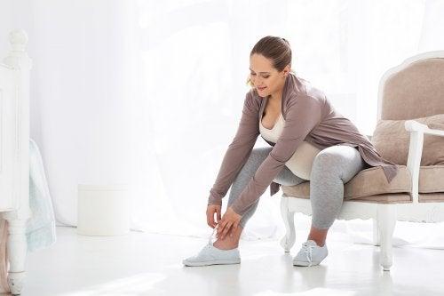 Los mejores zapatos para embarazadas no son los más bellos, sino los más cómodos.