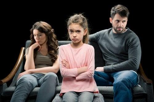 Padres durante el proceso de divorcio con hijos.