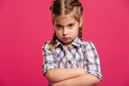 5 claves para hablar con un niño enfadado