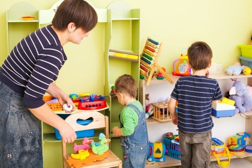No solamente es posible reutilizar ropa para mi segundo hijo, sino también los juguetes.