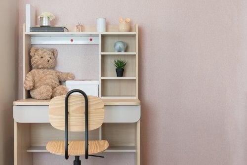 5 ideas para organizar la sala de estudios de los niños