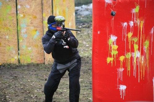 El paintball para niños puede practicarse desde los 14 años de edad.
