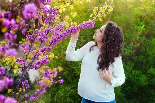 El aumento de la percepción de los olores en el embarazo suele presentarse solo en un pequeño porcentaje de mujeres.