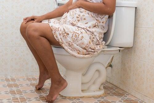 Mujer embarazada con gastroenteritis.