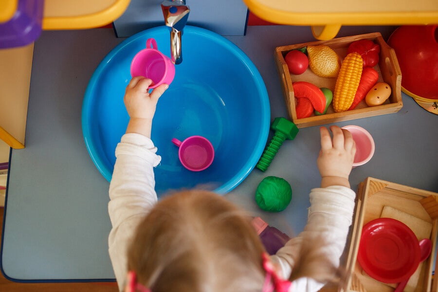Las cocinas de juguete incluyen algunos accesorios.