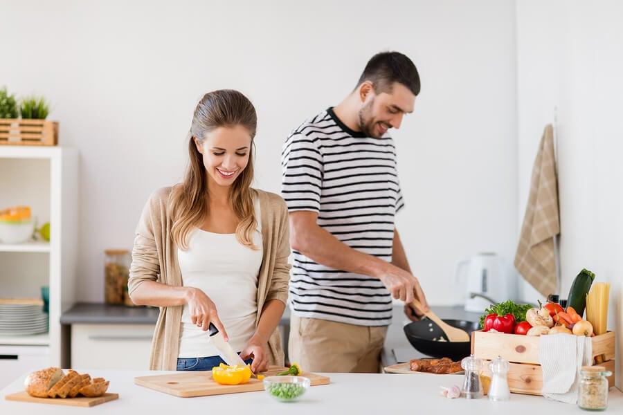 Cómo afectan las dietas a la fertilidad: ¿cuáles alimentos la favorecen?