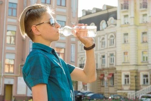 Deshidratación en la adolescencia, ¿qué hacer?