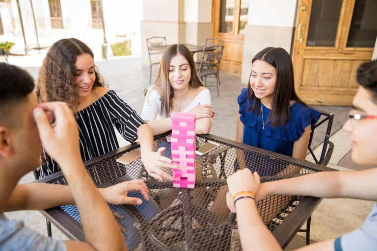 Beneficios de los juegos en la adolescencia
